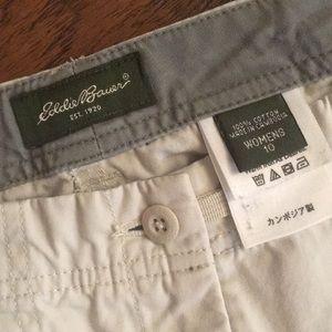 Eddie Bauer Pants - Eddie Bauer Women's Sz 10 khaki Capri pants